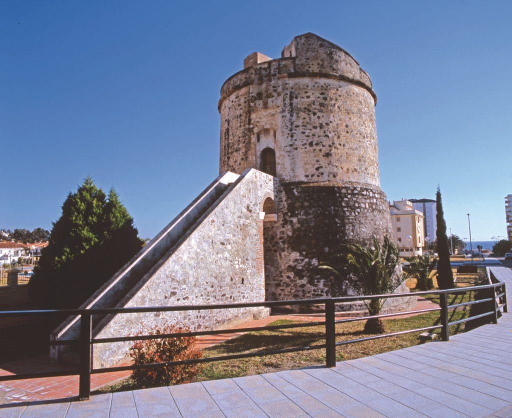 Algarrobo. Torre Fortificada.