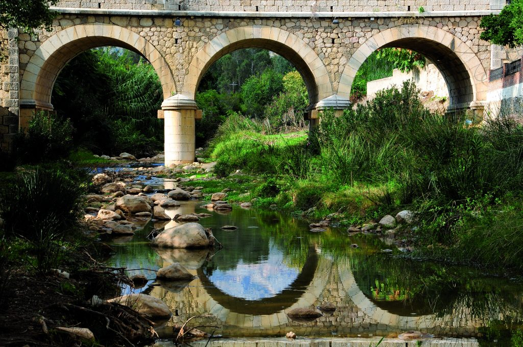 Puente río de la Cueva (Riogordo)