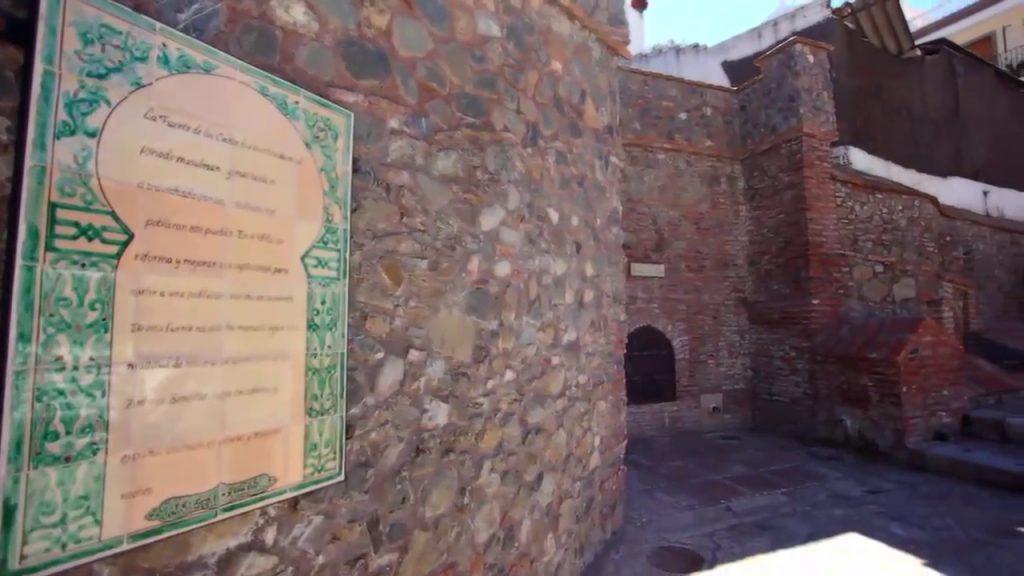 Murallas de Benamocarra